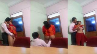 ऑफीस भाभी के साथ मॅनेजर का सेक्स