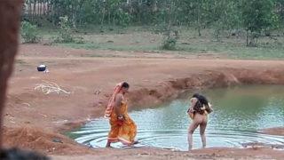 देसी भाभियों कि हिडन कॅम देहाती सेक्सी वीडियो