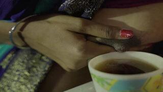 देसी नौकरानी चुदाई हिन्दी क्सक्सक्स सेक्स मूवी
